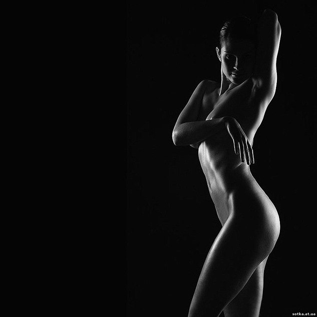 Desnudo negro y blanco